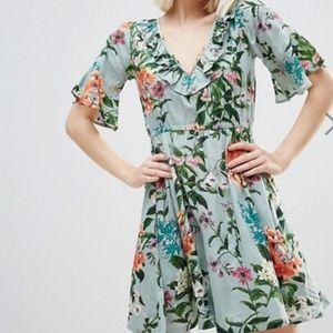 ASOS green floral ruffle sleeve dress US 8